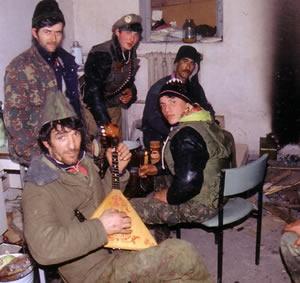 シャミール・バサエフの軍楽隊 ...